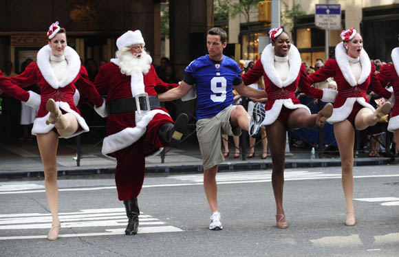 DESMOND: CHRISTMAS COME EARLY FOR THE GIANTS? PLUS MATCHUP VS. JAGS SHOULD GIFT FANS WITH A WIN